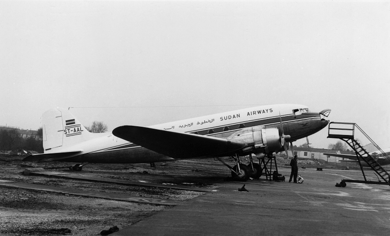 26990 ST-AAL Sudan Airways Will Blunt