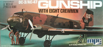 MPC 2-0204 Douglas AC-47 Gunship Spooky with 8 Crewmen 72 scale