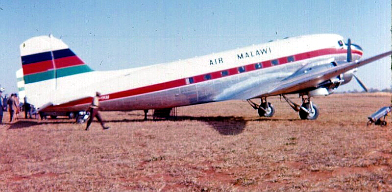 32935 7Q-YKM Air Malawi Ray Watts